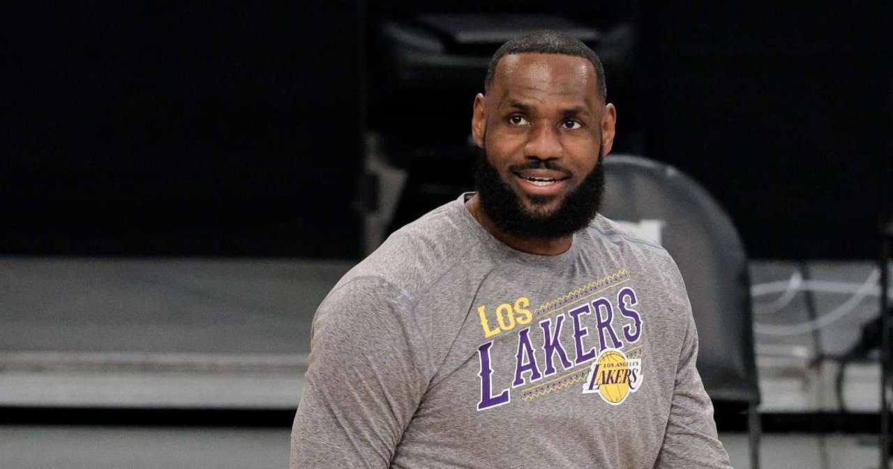 LeBron James Pays Tribute to Rap Star DMX After His Death.jpg