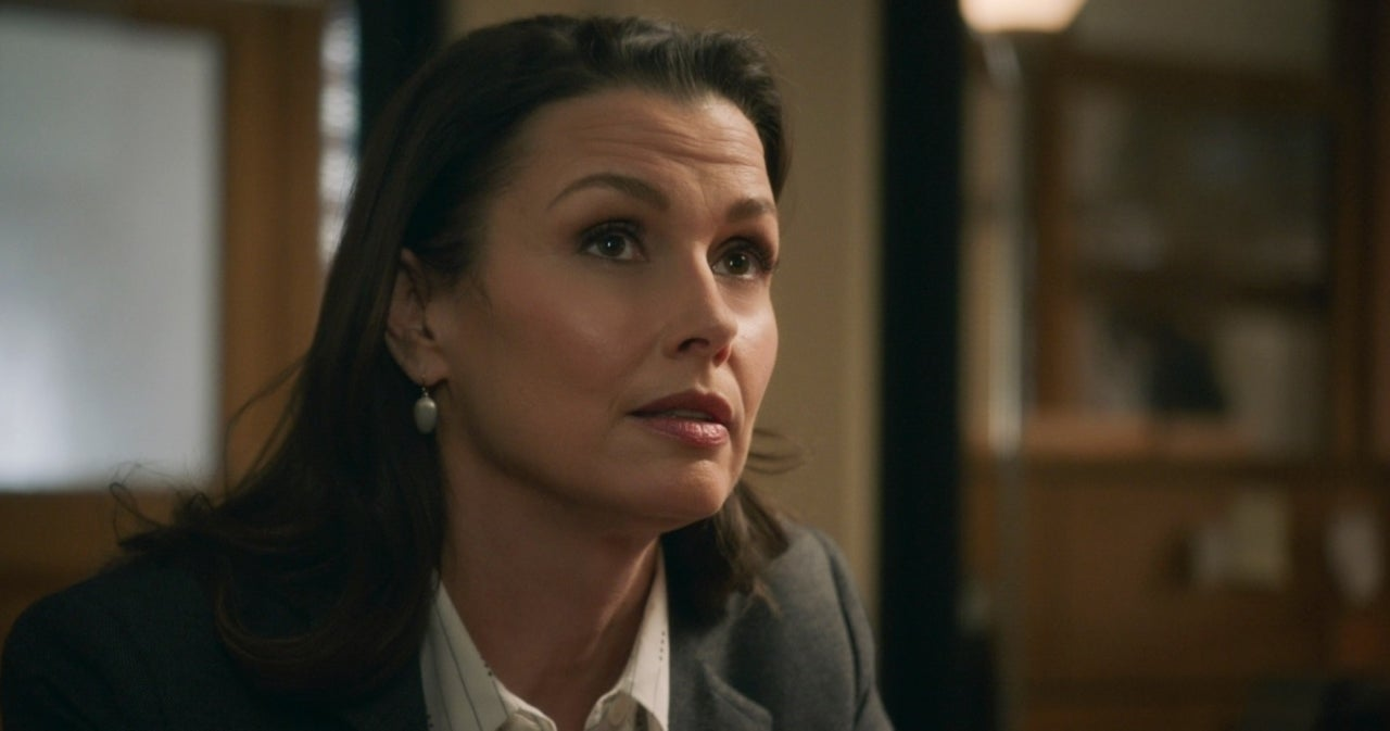 'Blue Bloods': Erin Rekindles Romance With Special Dinner Guest.jpg