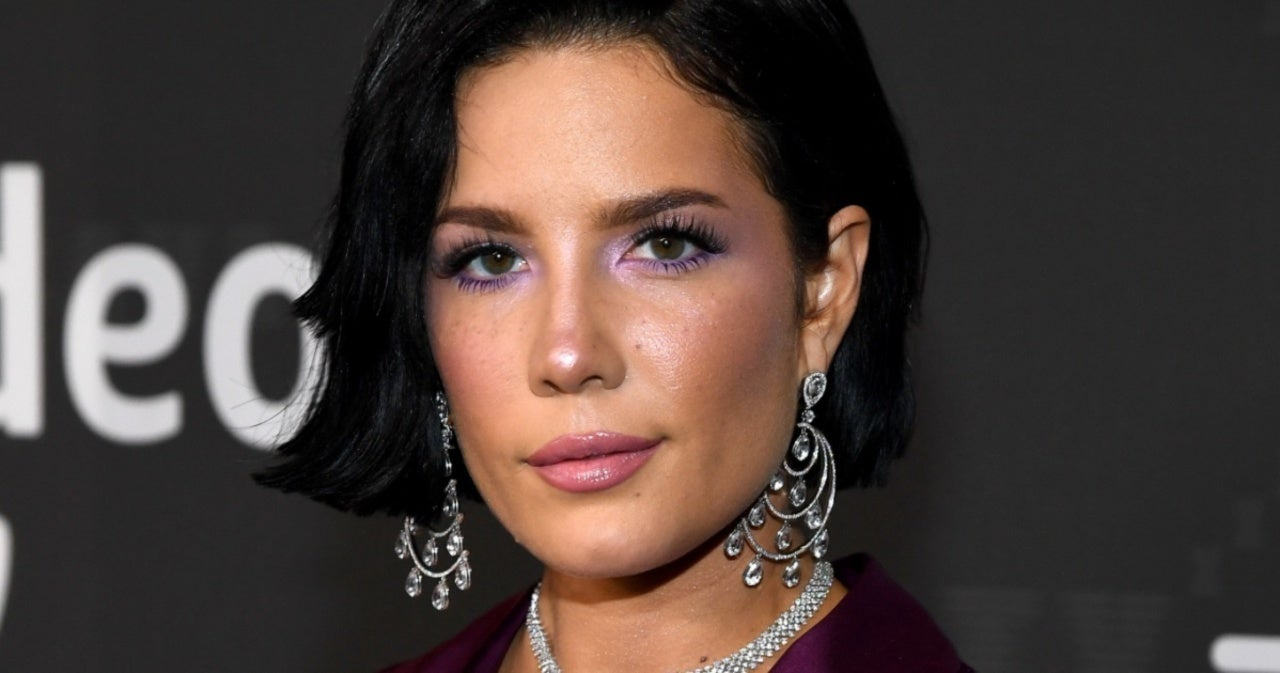 Halsey Shows Off Near Basketball-Sized Baby Bump in New Photo.jpg