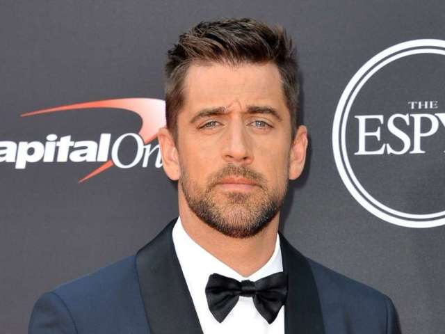 'Jeopardy!' Producer Weighs in on Aaron Rodgers' First Week as Host