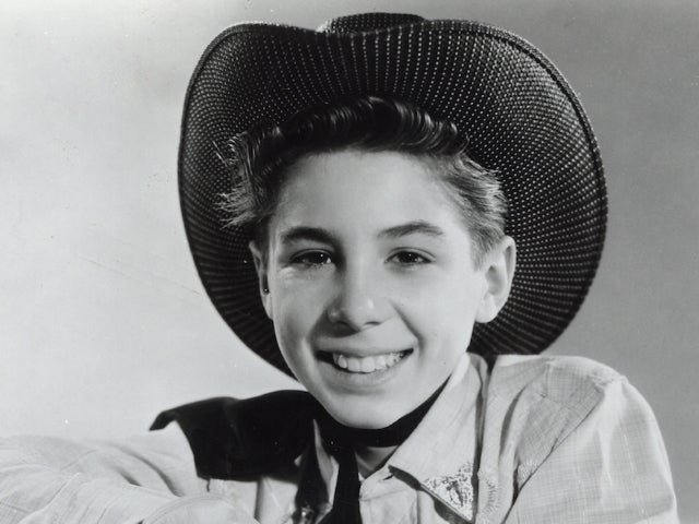 Johnny Crawford Dead: Original Mouseketeer,  'The Rifleman' Child Star Was 75