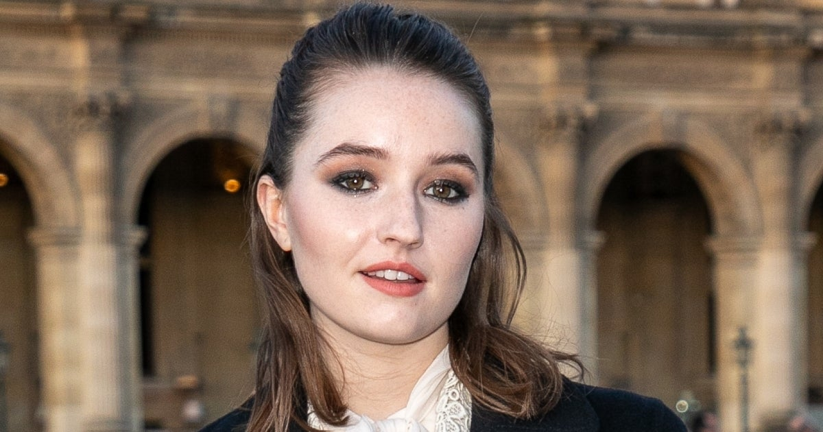 kaitlyn dever getty images