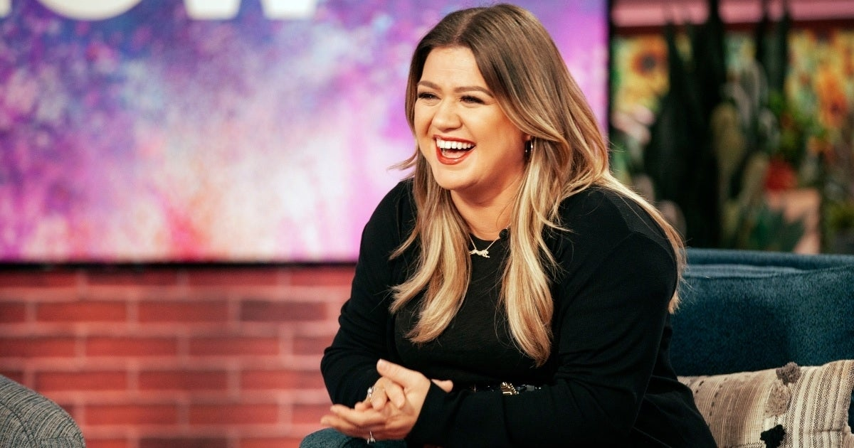 kelly clarkson laughing show nbc getty images