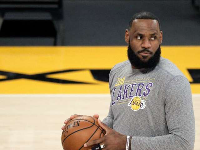 LeBron James Was Just Shaded by an NBA Icon