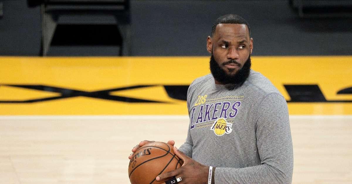 LeBron James shaded NBA icon