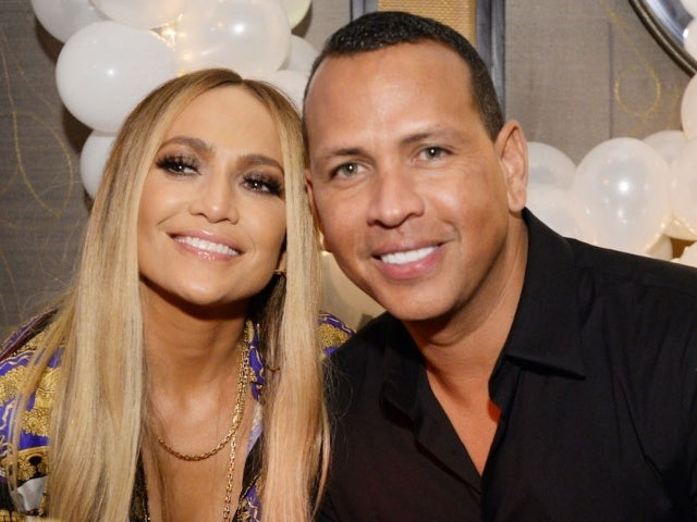 Jennifer Lopez Reportedly Has Not Returned Engagement Ring to Alex Rodriguez