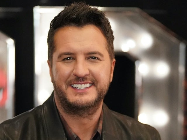 Luke Bryan Says His COVID-19 Symptoms Were 'Quite Challenging'