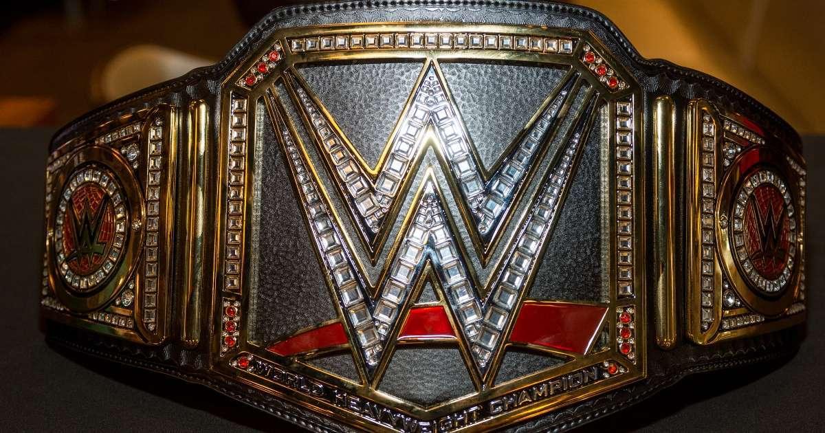 Major WWE Superstar teases retirement
