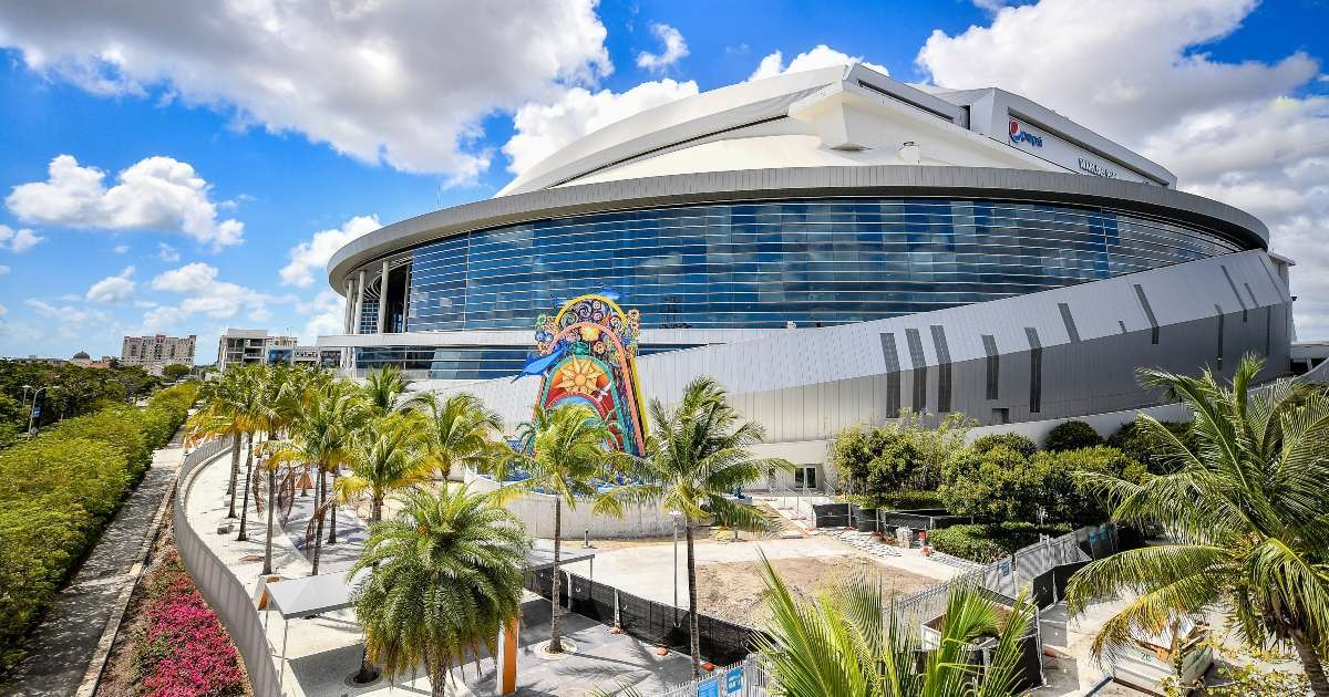 Miami Marlins changing stadium name