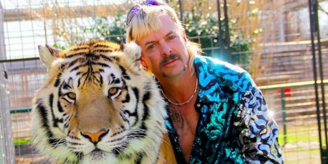 netflix-tiger-king-murder-mayhem-and-madness-joe-exotic-20082413