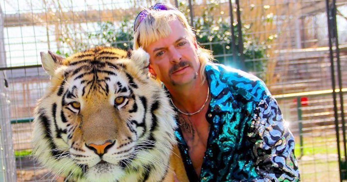 netflix-tiger-king-murder-mayhem-and-madness-joe-exotic-20082413