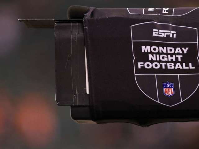 NFL to Make Interesting Change to 'Monday Night Football'