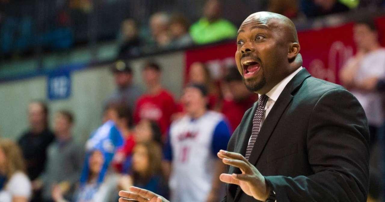 North Texas Basketball Assistant Coach Dies in Car Crash.jpg