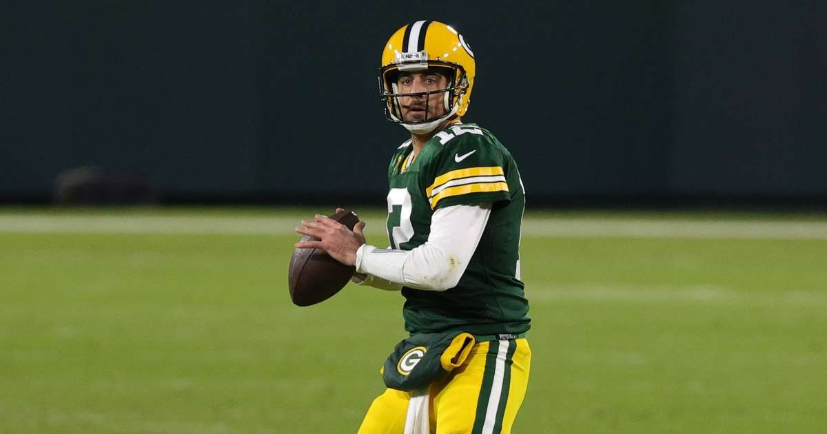 Packers general manager reacts to reports Aaron Rodgers traded