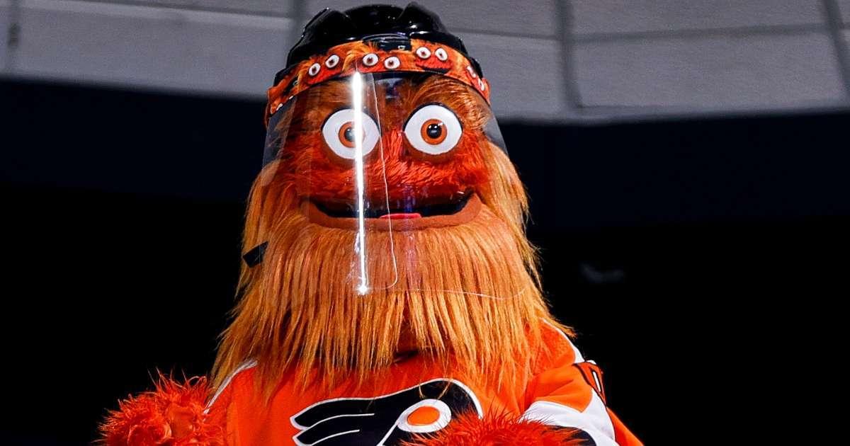 Philadelphia Flyers mascott Gritty challenges Jake Paul fight
