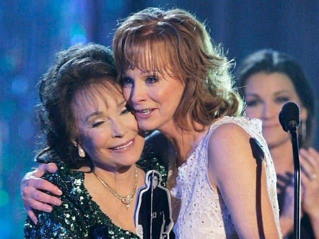 Reba McEntire Calls Loretta Lynn 'the Most Special Thing Country Music Has Ever Had'