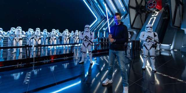 Tom Brady goes all-out Star Wars experience Disney World