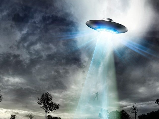 Pentagon Confirms UFO Video Footage Is 'Compelling' Evidence of Mysterious Phenomena