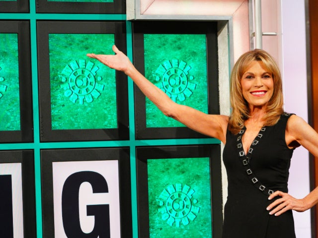 'Wheel of Fortune's Vanna White Sends Her 95-Year-Old Dad Sweet Father's Day Message