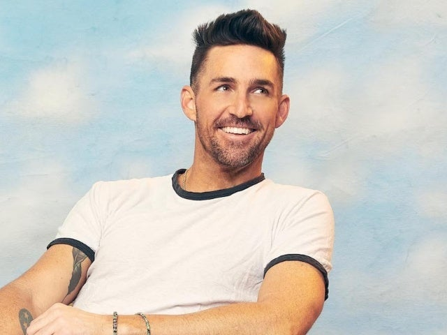 Jake Owen Tops the Charts With 'Made for You'