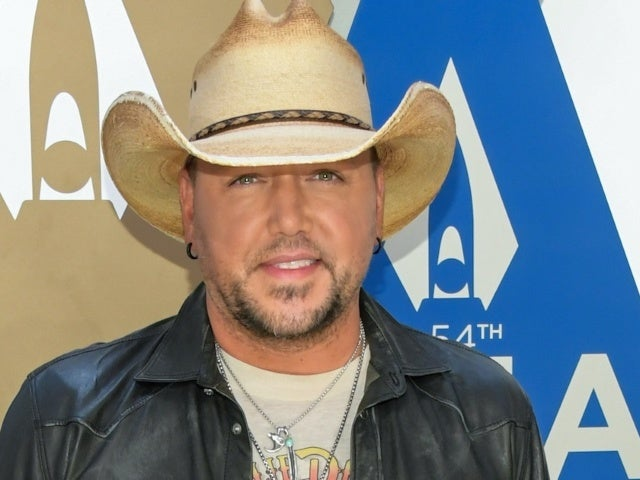 Jason Aldean Shares Rare Photo of Oldest Daughter to Mark Major Life Moment