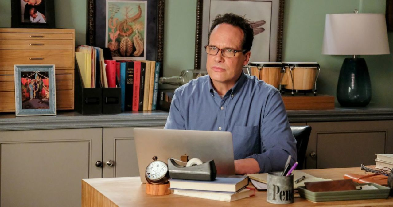 'American Housewife' Dad Diedrich Bader Crushes Hopes of Show Moving Elsewhere.jpg