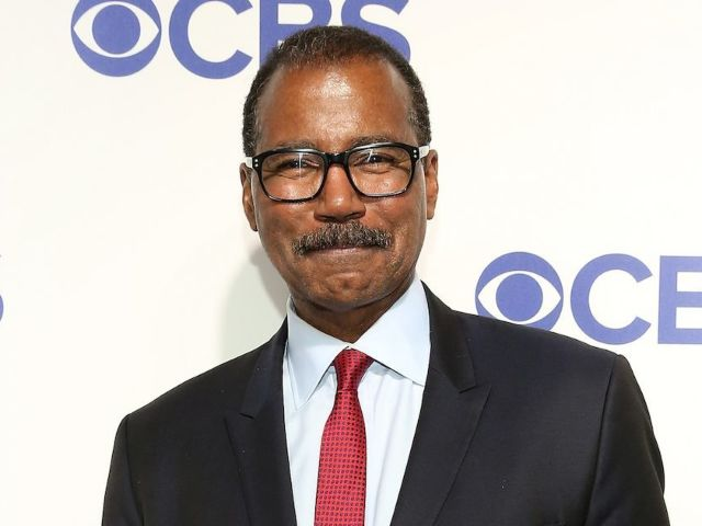 'Jeopardy!' Reveals First Look at Bill Whitaker as Guest Host