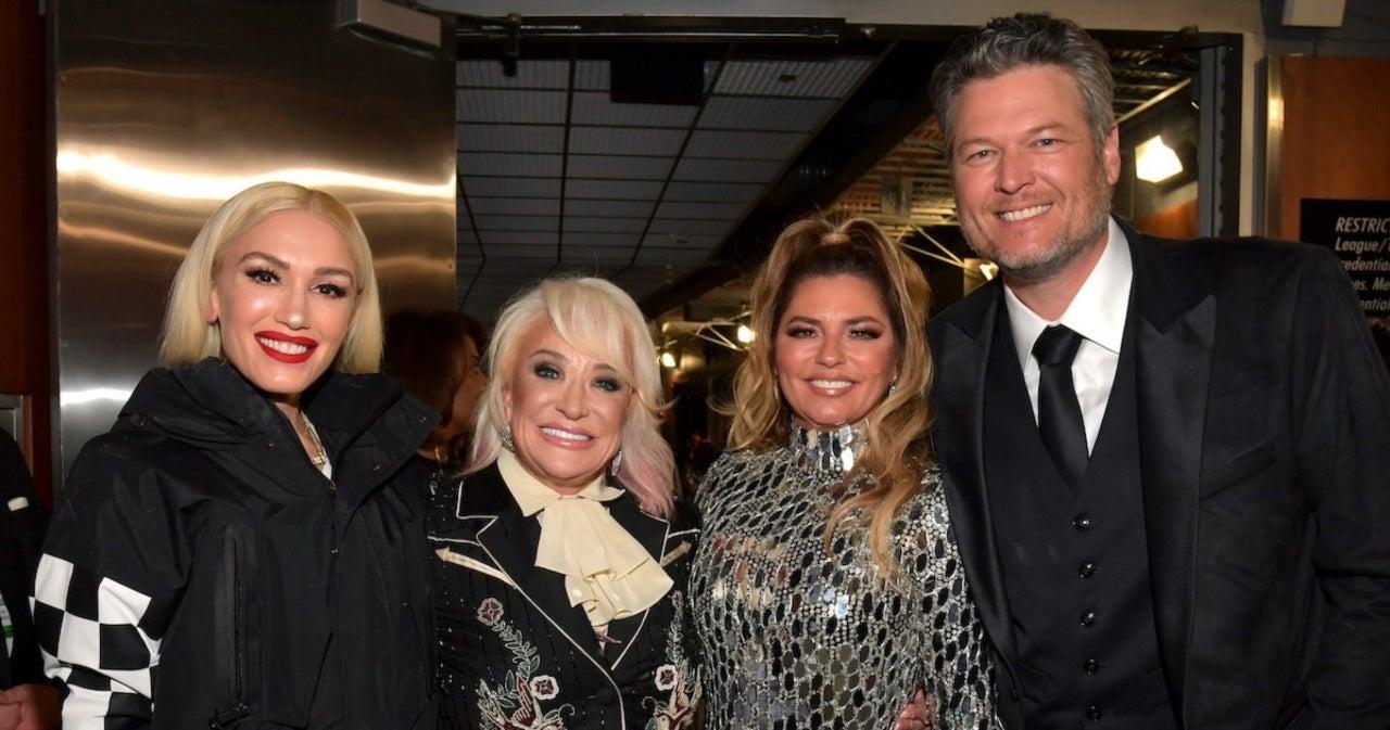 Shania Twain Wants to Sing in a Trio With Blake Shelton and Gwen Stefani.jpg