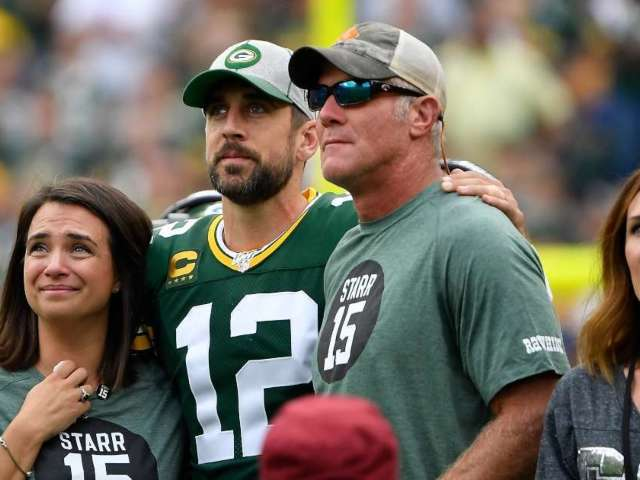 Brett Favre Reacts to Aaron Rodgers' Rift With Packers