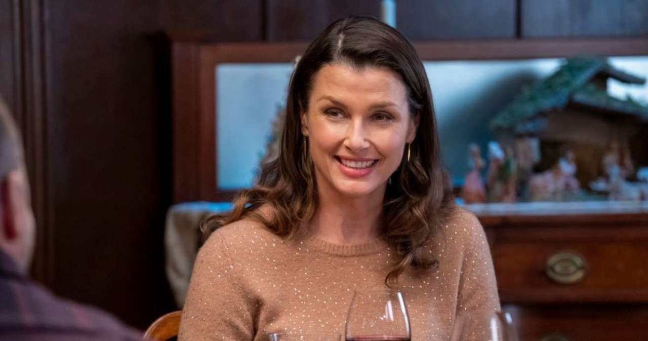 'Blue Bloods' Star Bridget Moynahan Has Perfect Reaction to Encountering 'Shirtless Tom Brady' in Book.jpg