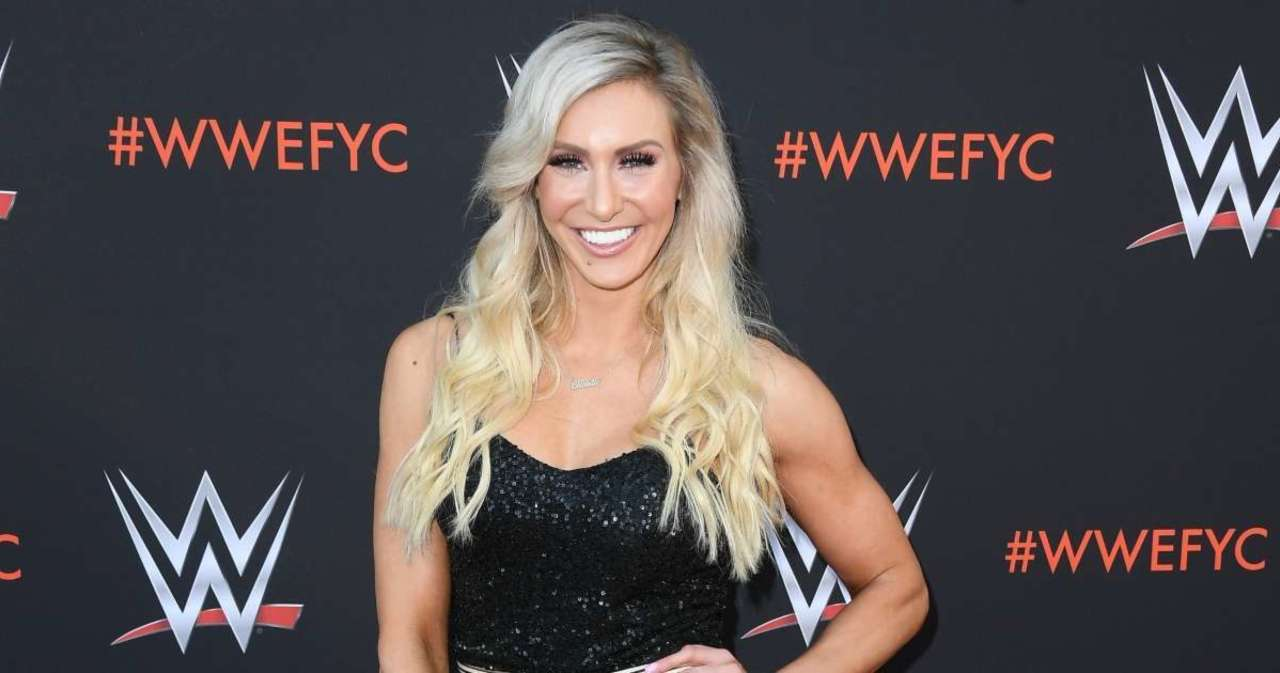 Charlotte Flair Says She's 'Never Number 2' in Steamy Photo.jpg
