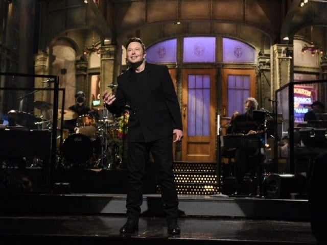 'SNL': Elon Musk Causes Controversy With Medical Reveal During Monologue