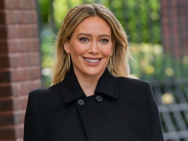 'How I Met Your Father' Casts Male Lead Opposite Hilary Duff in 'HIMYM' Spinoff