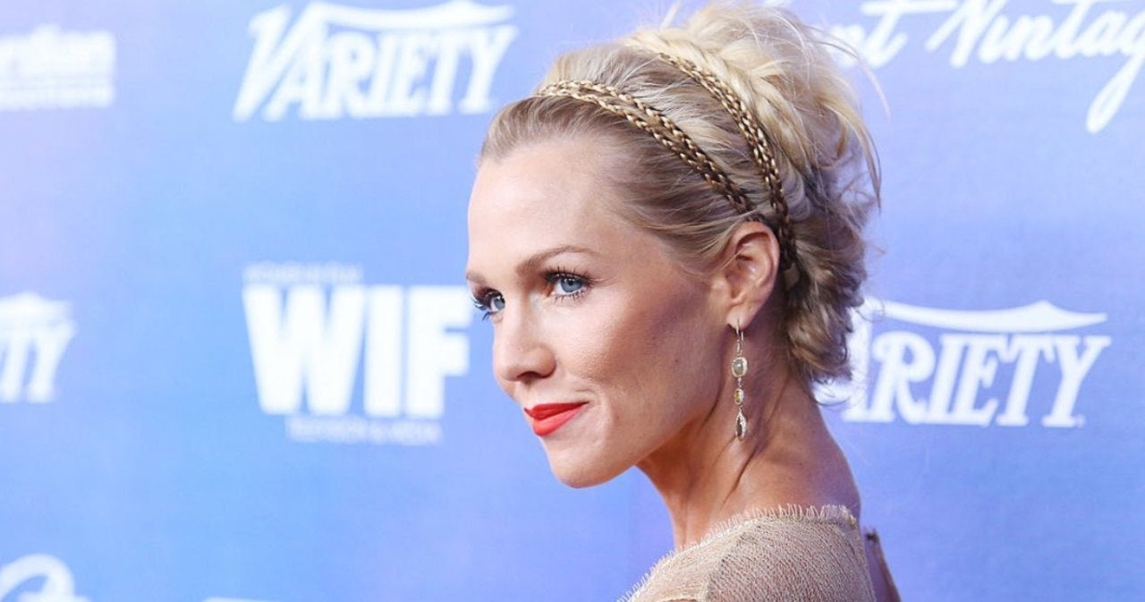 Jennie Garth Recalls 'Complete Irony' Over Instagram Photo Before Starring in 'Beverly Hills, 90210' (Exclusive).jpg