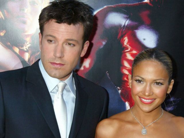 Is This Proof Jennifer Lopez and Ben Affleck Are Preparing to Move in Together?