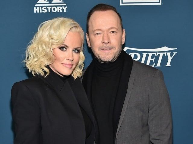 'The Masked Singer': Jenny McCarthy Felt 'Complete Shame' Over Not Recognizing Husband Donnie Wahlberg