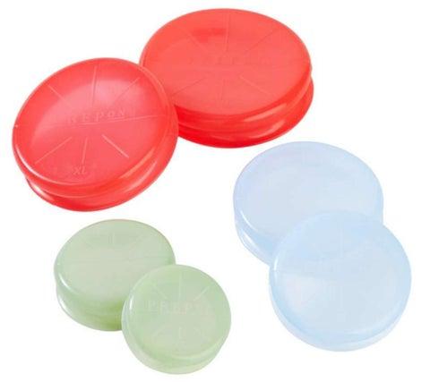laura-prepon-kitchen-reuseable-lids
