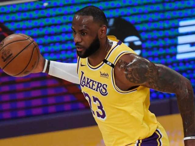 Watch: LeBron James Hits Insane 3-Pointer to Clinch Playoff Spot for Lakers