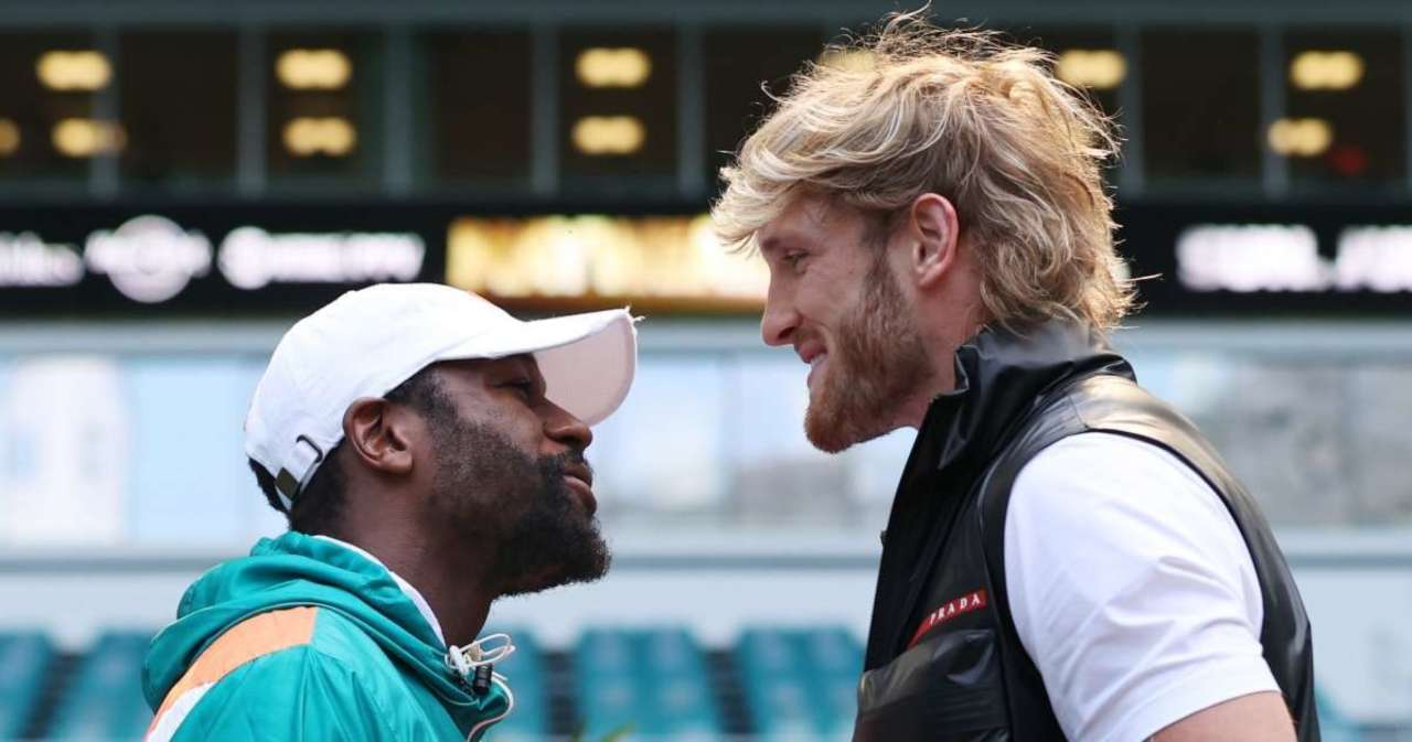 Logan Paul Gets Candid About Floyd Mayweather Drama.jpg