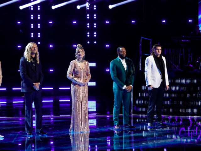 'The Voice' Crowns Season 20 Winner, and Fans Are Weighing In