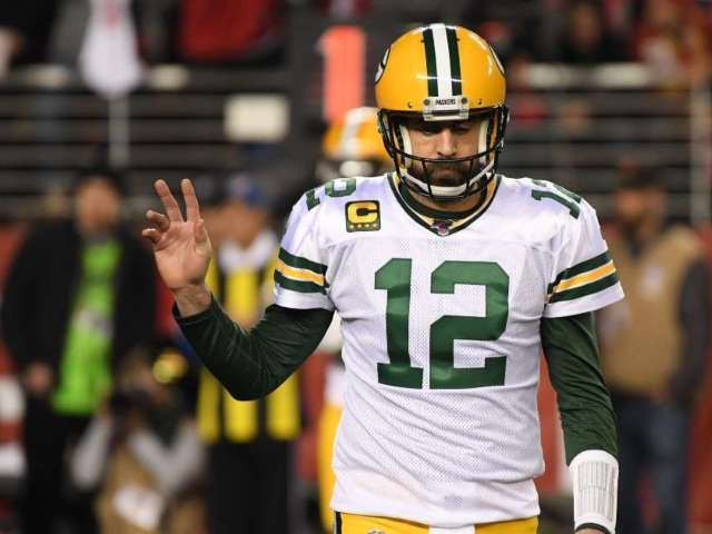 Packers Reportedly Offered to Make Aaron Rodgers Highest-Paid Quarterback in NFL