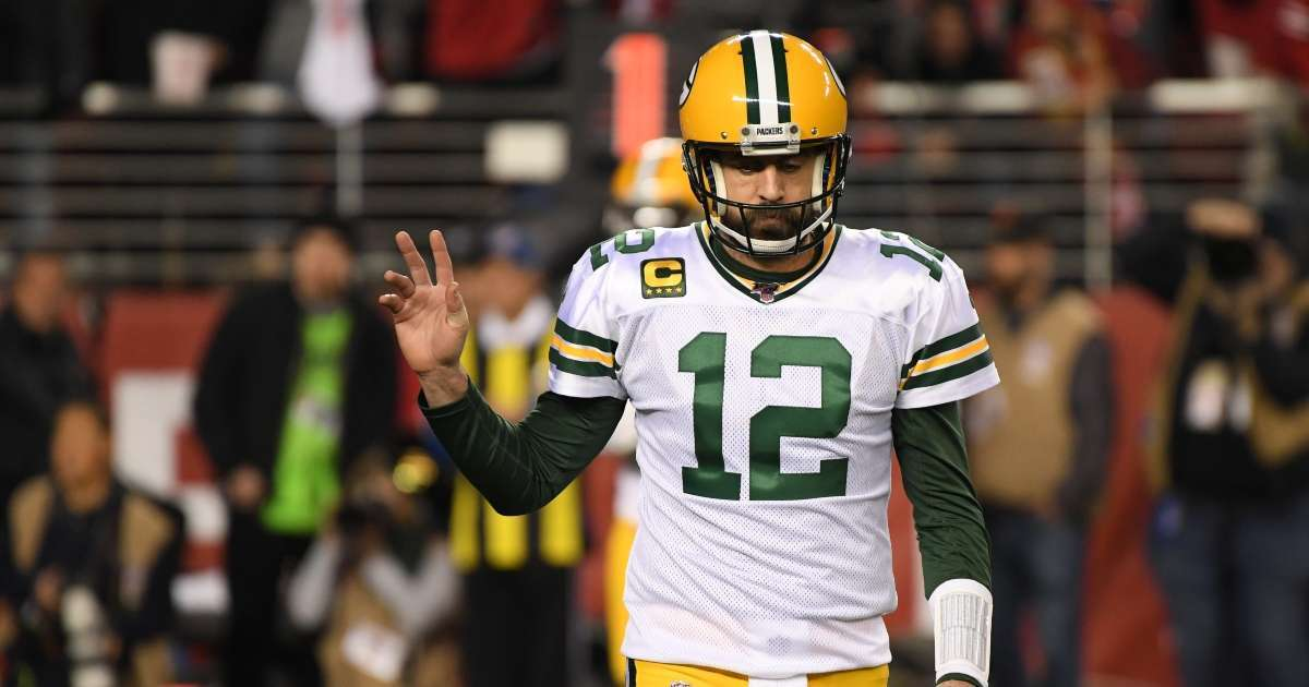Packers offered make Aaron Rodgers highest paid quarterback NFL