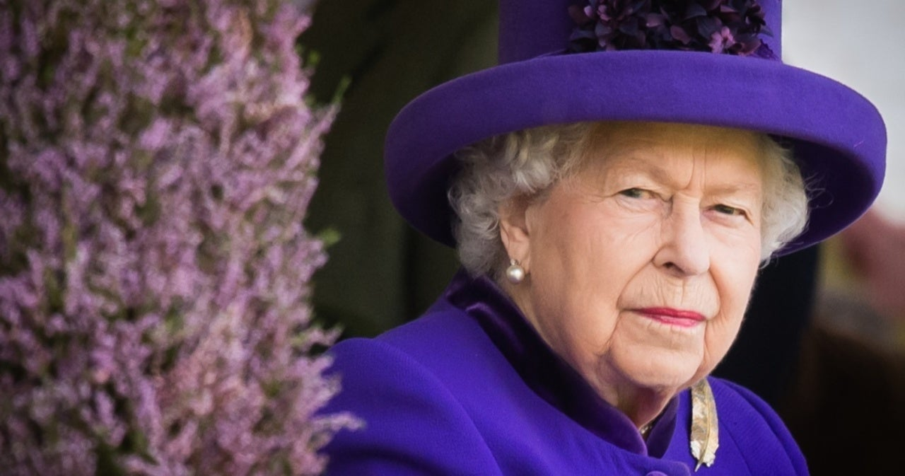 Queen Elizabeth's Relative Accused of Trying to Score Favors From Vladimir Putin.jpg