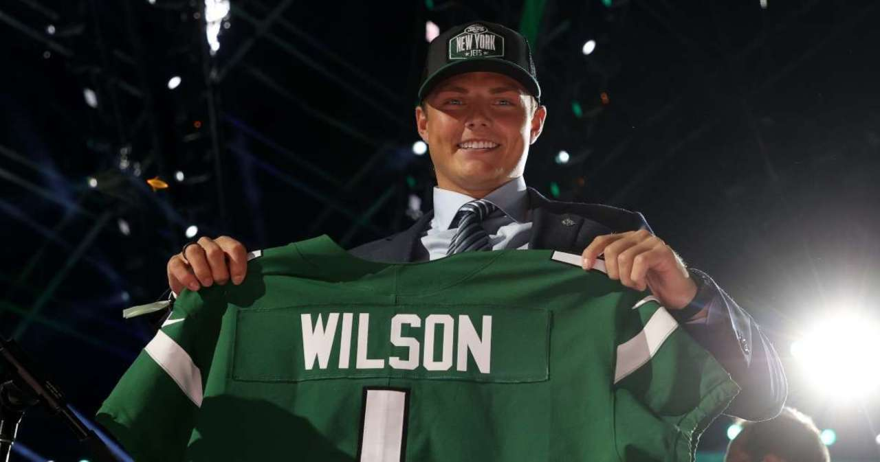 Radio Host Takes Heat for Asking About Jets Draft Pick Zach Wilson's 'Hot Mom'.jpg
