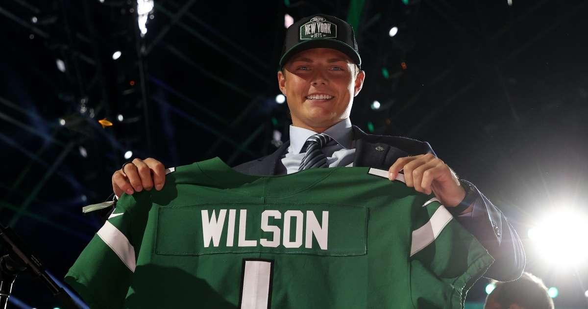 Radio host takes heat asking Jets Draft pick Zach Wilson hot mom