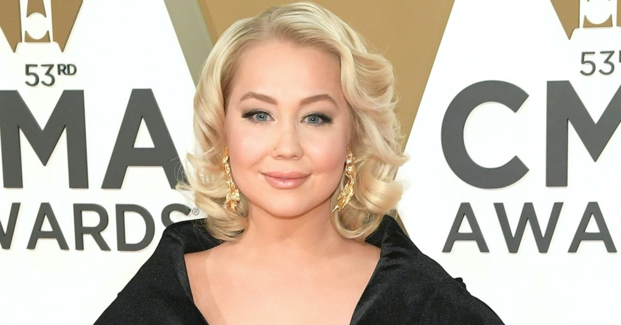 RaeLynn Shares New Song She Wrote for Her Unborn Daughter.jpg
