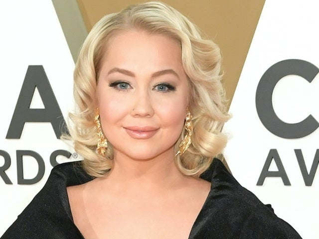 RaeLynn Shares New Song She Wrote for Her Unborn Daughter