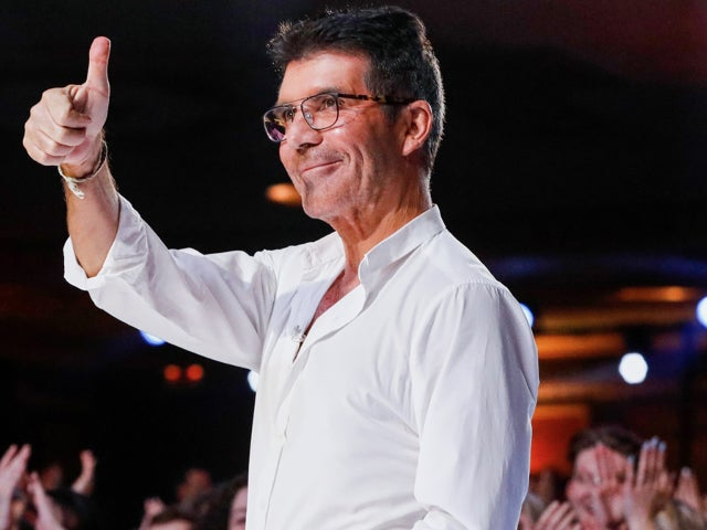 Simon Cowell's Look in New 'America's Got Talent' Group Photo One Again Has Fans Confused