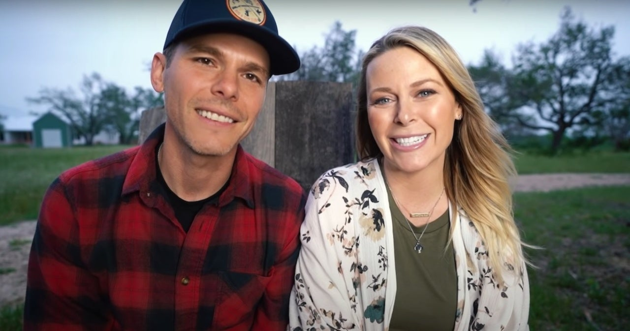 Granger Smith and Wife Amber on How They Are Honoring Late Son River With Fourth Child.jpg