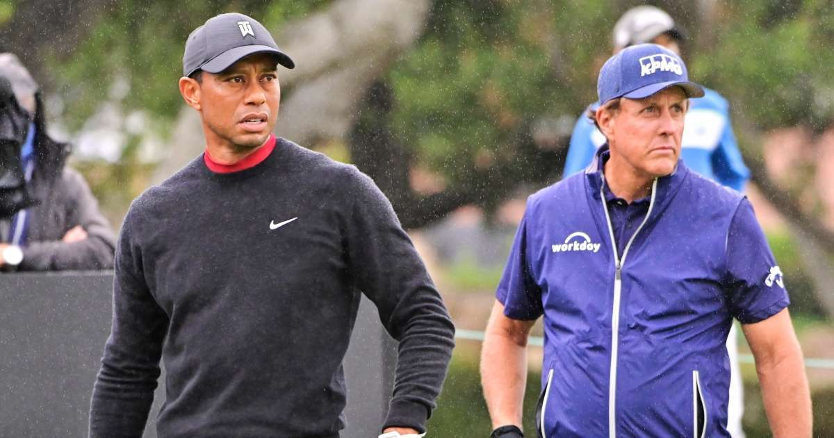 Tiger Woods sends inspirational messages Phil Mickelson after winning PGA Championship